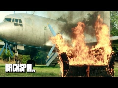 """Clep - """"Verbrenn Meine Couch"""" (Official Video)"""