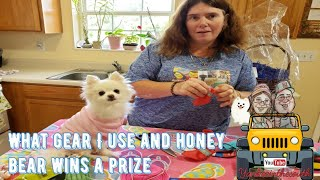 Baixar What Gear Do I Use to YouTube Also Honey Wins a Prize In A coloring contest.
