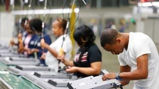 U.S. economy adds 215K jobs, below expectations