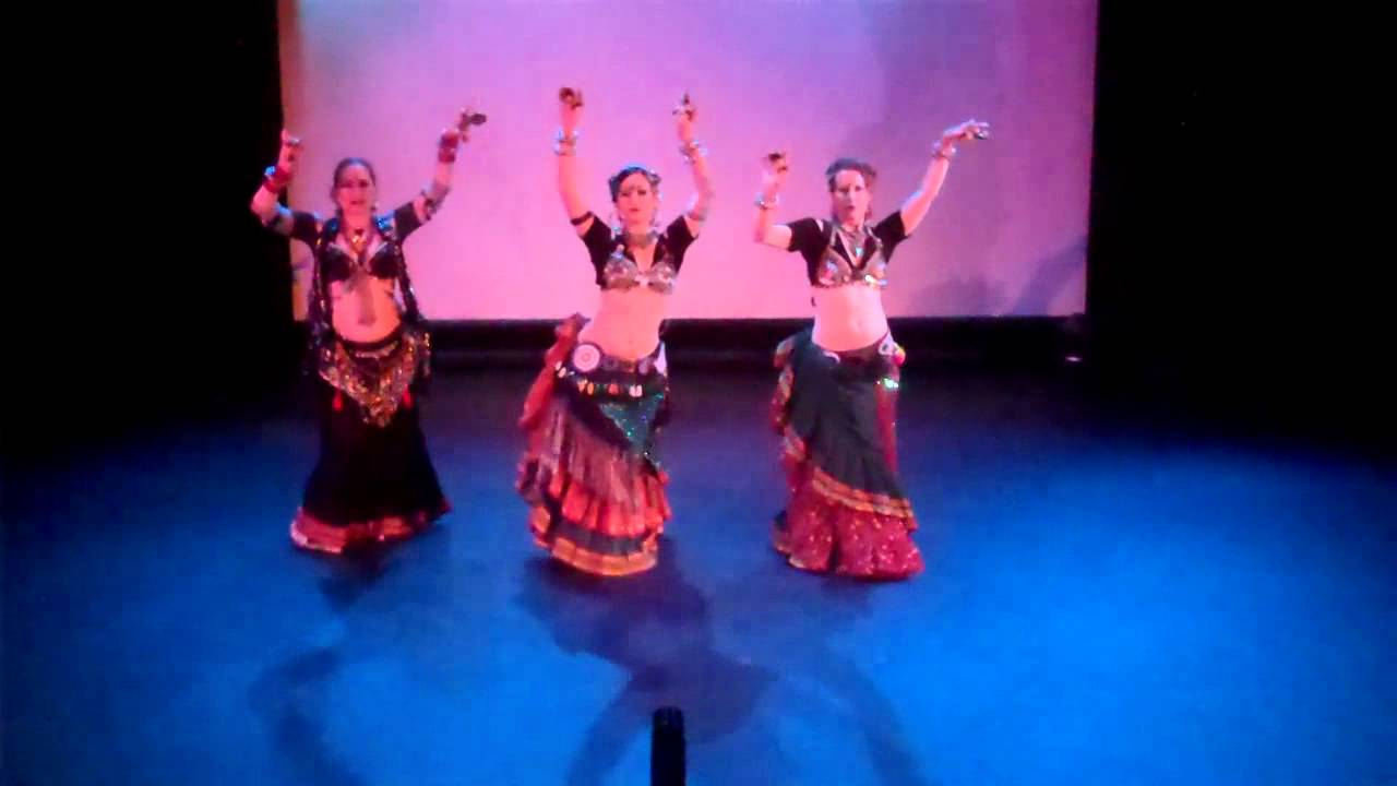 FatChanceBellyDance Trio - Amber Charms 2011 - YouTube