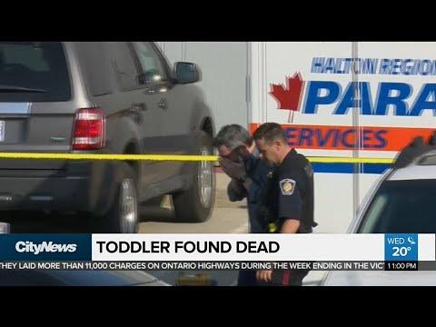 Toddler found dead inside car in Burlington