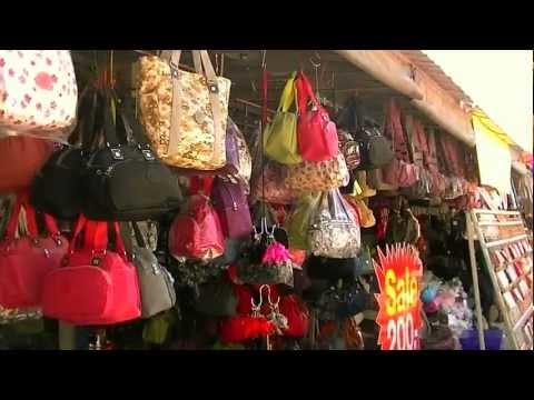 ตลาดโรงเกลือ กระเป๋าแฟชั่น2