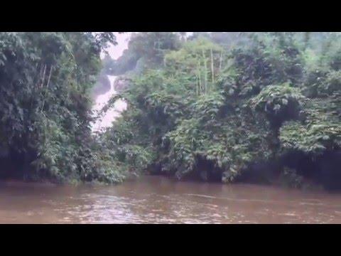 Bopath Ella-Water Fall Sri Lanka