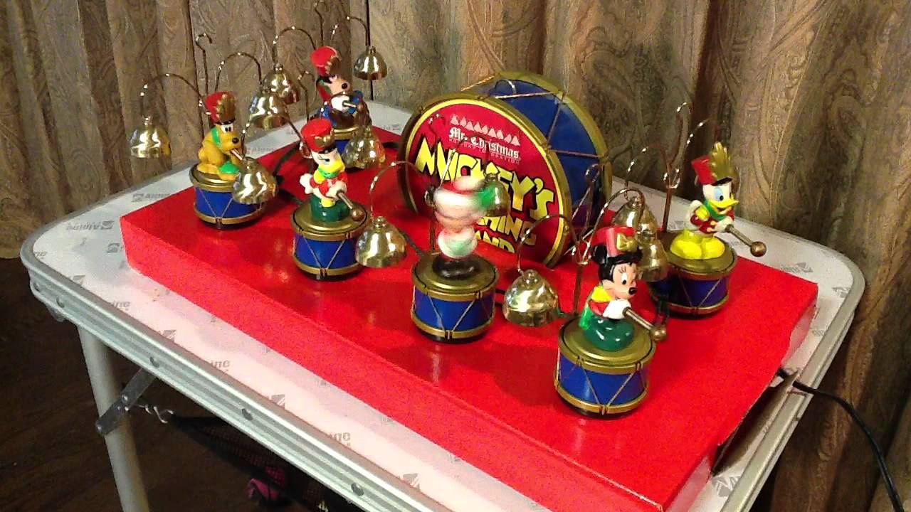 Mr.Christmas MICKEY'S MARCHING BAND - YouTube