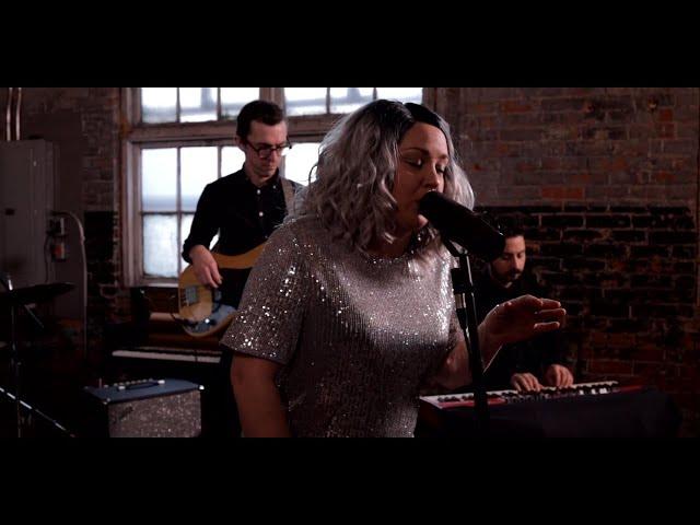 Samantha Martin & Delta Sugar - I've Got a Feeling