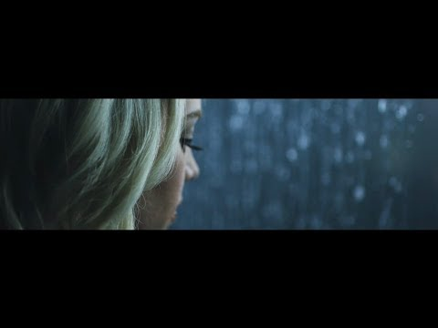 Feel The Waters by Sarah Reeves (OFFICIAL MUSIC VIDEO)