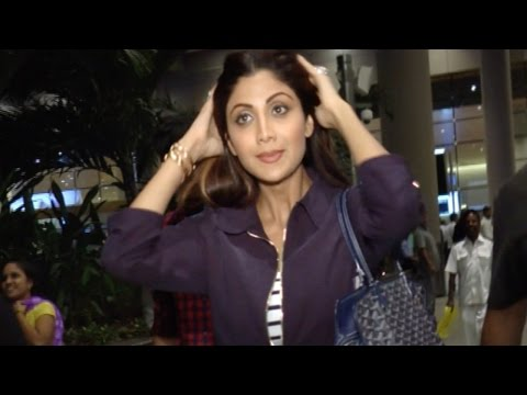 Airport Spotting: Shilpa Shetty Looks Beautiful In Casuals