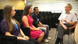 Noa Glaser interviews Professor Steven Chu
