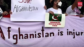 Afghans stage protest against Pakistan in Delhi