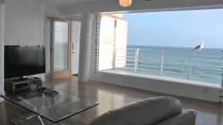 """Malibu """"Walls Of Glass On The Sand"""" Oceanfront Vacation Rental"""