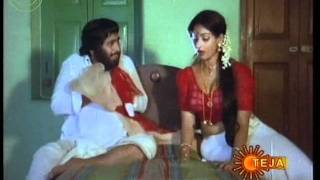 Repeat youtube video Boom Boom Hot Dhamaka videos from Indian Movies- (97)
