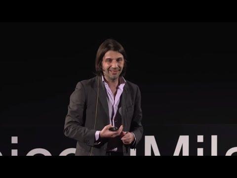 Oltre i confini: possibili futuri dell'identità... | Francesco Bruschi | TEDxPolitecnicodiMilanoU