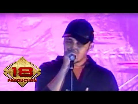 Alexa - Jangan Kau Lepas   (Live Konser Malang 05 Juni 2008)