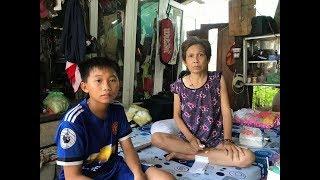 Sức khỏe người mẹ bị ung thư tạm ổn được xuất viện về nhà sống với con trai
