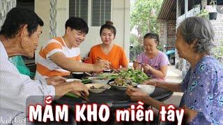 Phản ứng Cháu rể Hàn Quốc lần đầu ăn MẮM KHO cùng ông bà (miền tây)