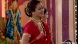 Gauri Ganpati song- Gauri ganpati sanala