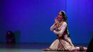 Mere Dholna (Bhool Bhulaiyaa) by Svetlana Tulasi