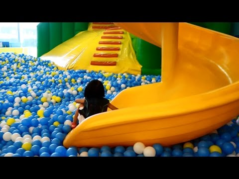 Indoor Playground Family Fun Play Area, Ball Pit and Slides - Donna The Explorer