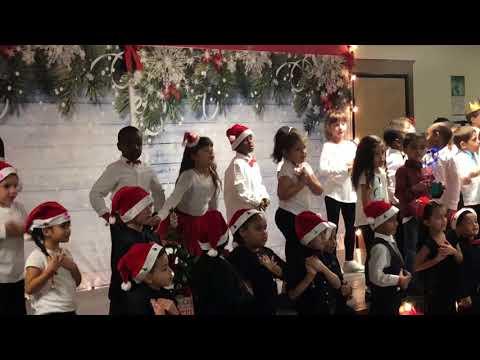 Feliz navidad Mater Brighton Lakes Christmas show