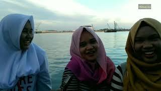 Video Pendapat cewek cantik Makassar tentang bokep dan pernah onani jawabannya sangat lucu dan gokil download MP3, 3GP, MP4, WEBM, AVI, FLV Juli 2018