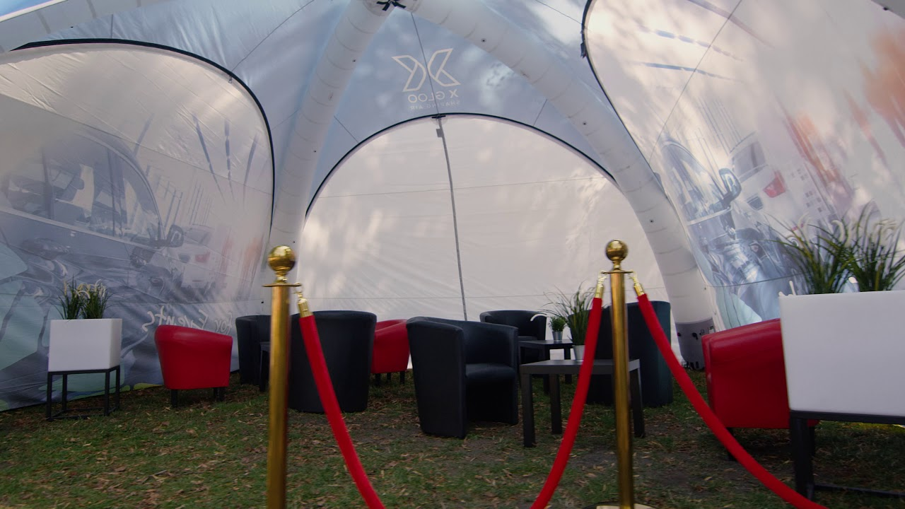 X Gloo Eventzelt mit Lounge Black and Red