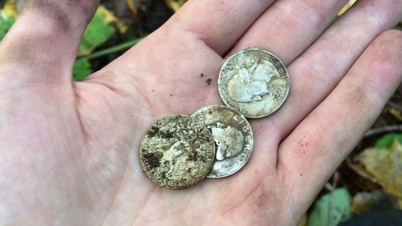 American silver coin spill while metal detecting in Sweden