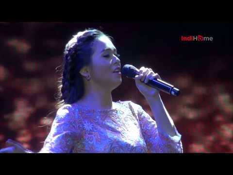 Putri Ayu - Opening + Time To Say Goodbye (Live At HITMAN David Foster & Friends Live In Concert)