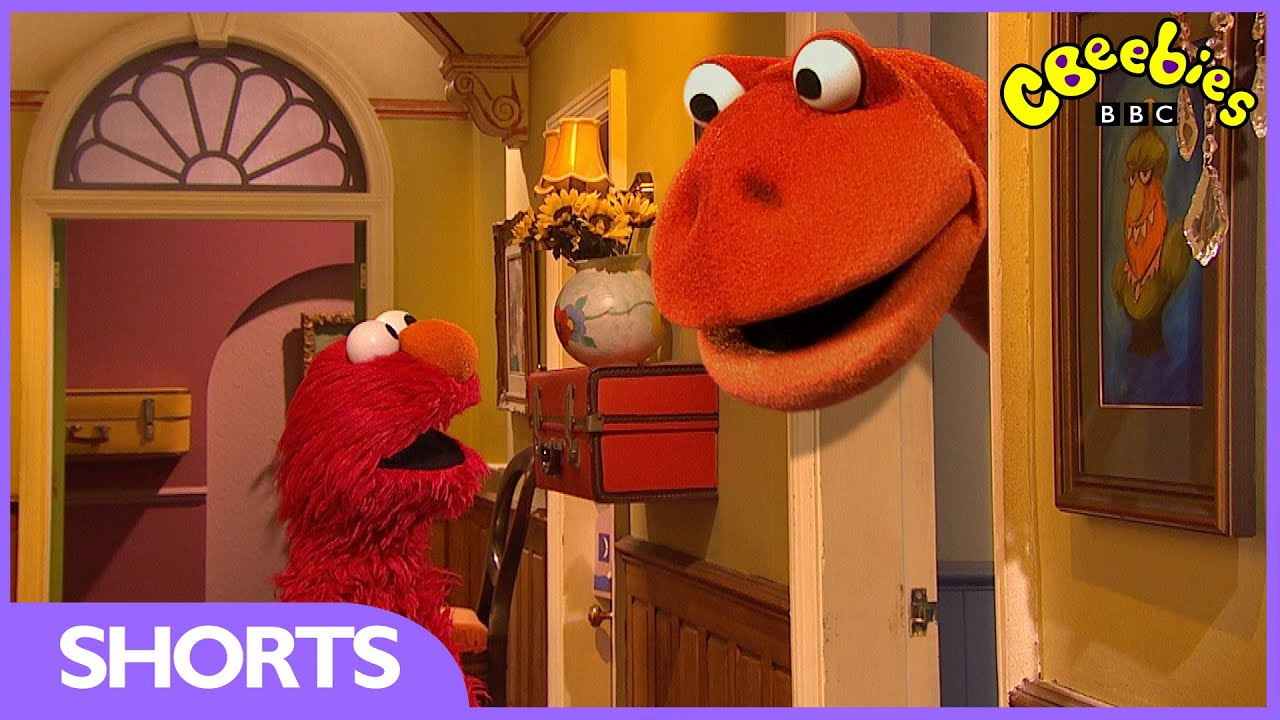 cbeebies  the furchester hotel - dinosaur in room 223