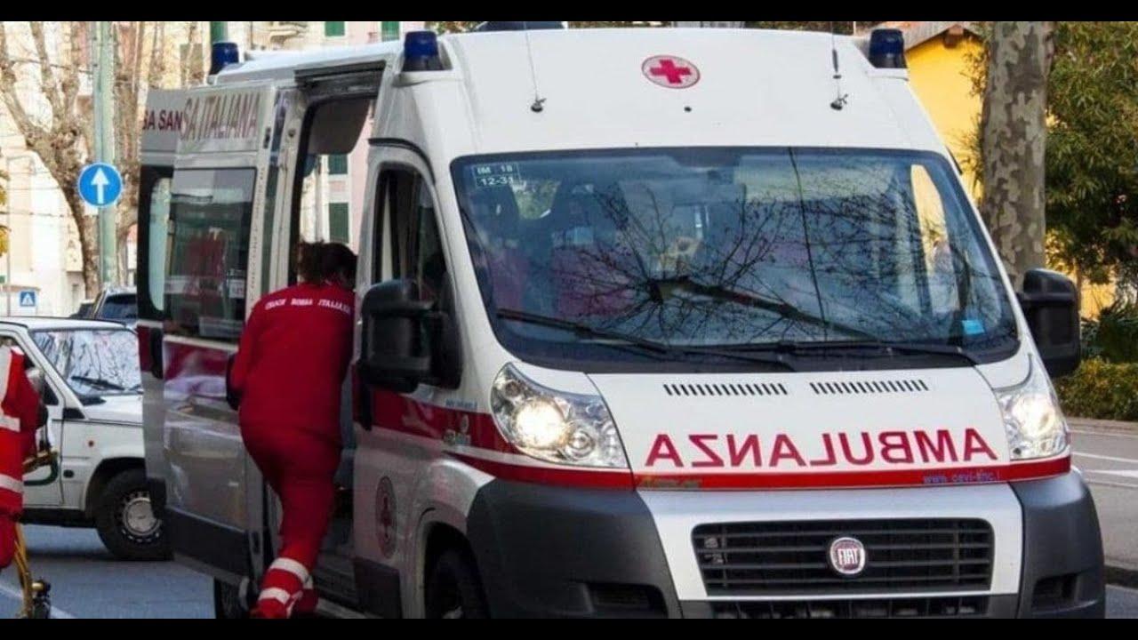 Ambulanze che girano a vuoto: hanno ragione i negazionisti!