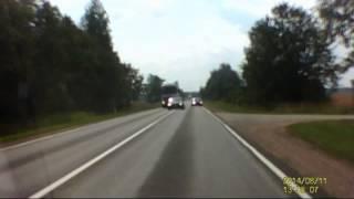 Skaitytojo video: iki tragiškos nelaimės kelyje trūko tiek nedaug..