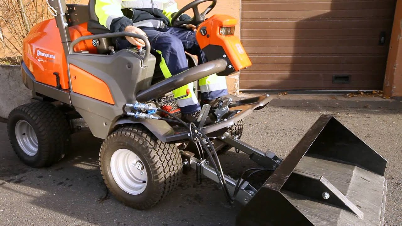 Husqvarna P 525d How To Attach Utility Bucket Youtube
