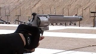 実銃「S&W S&W500」.500S&Wマグナム弾薬のリボルバーを体験。10.5インチ...