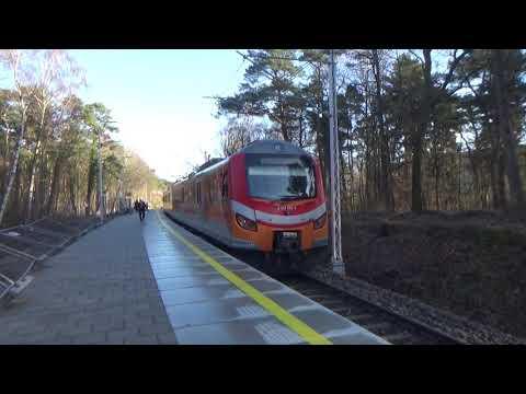 Z Ustki do Ustki Uroczyska na pokładzie EN57ALd-2233 i odjazd EZT z nowej stacji
