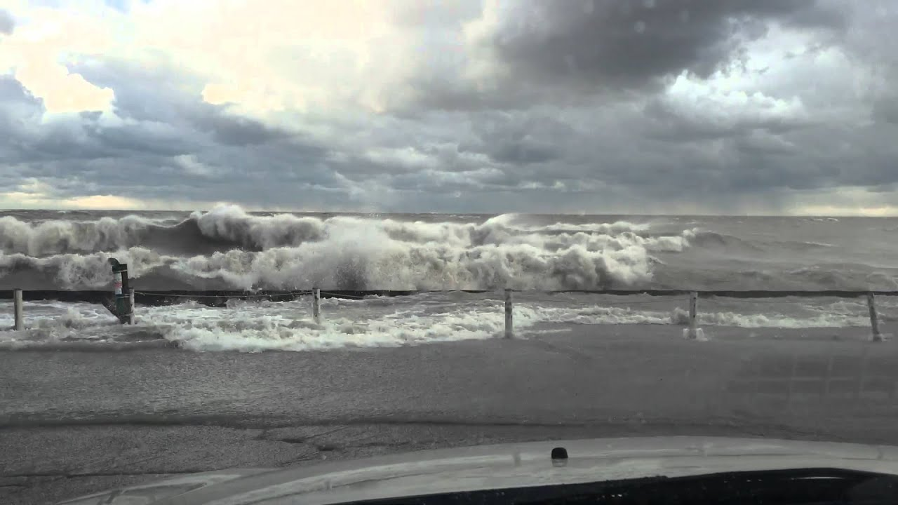 Lake Erie Waves Friday November 13 2015 Youtube