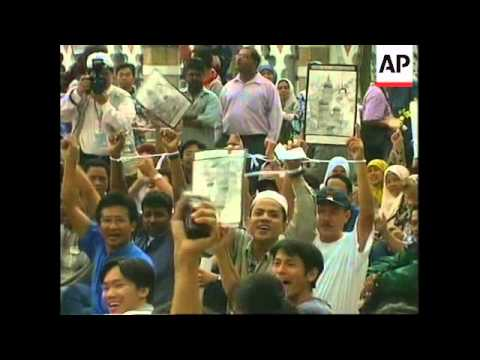 MALAYSIA: ANWAR IBRAHIM CONVICTED OF SODOMY (2)