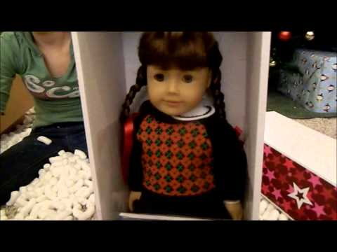The American Girl Doll Eleventh Day Of Christmas!!! Molly And Emily!!!