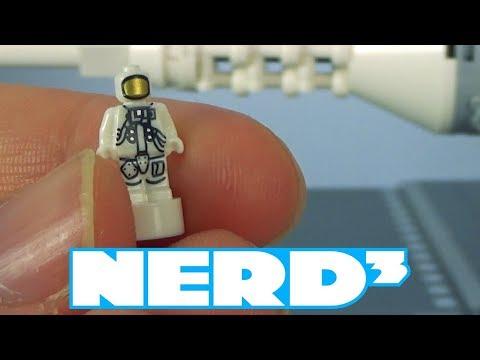 Nerd³ Toys - NASA Apollo Saturn V - 21309