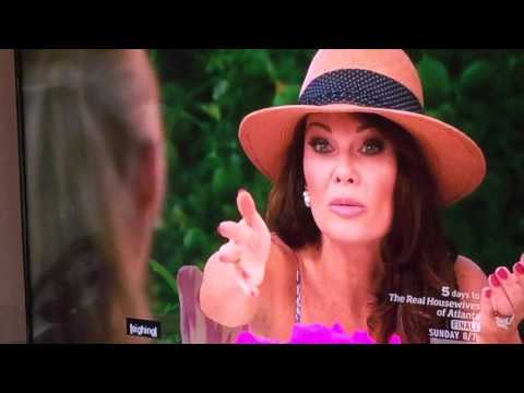 The Real Housewife of Beverly Hills Lisa Vanderpump apologizes to Eileen
