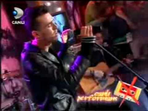 Cem Adrian - Rain - Amazing Live Version (English Subtitles)