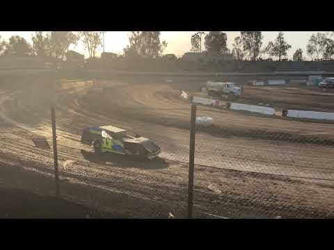 Bakersfield Speedway 04-07-18 Modified Heat
