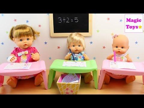 Bebés NENUCO Hermanitas Traviesas Alice va a la ESCUELITA Nenuco de Famosa