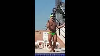 رجل الاعمال المصرى حسام ابو الفتوح ووصلة رقص احسن من دينا الرقاصة