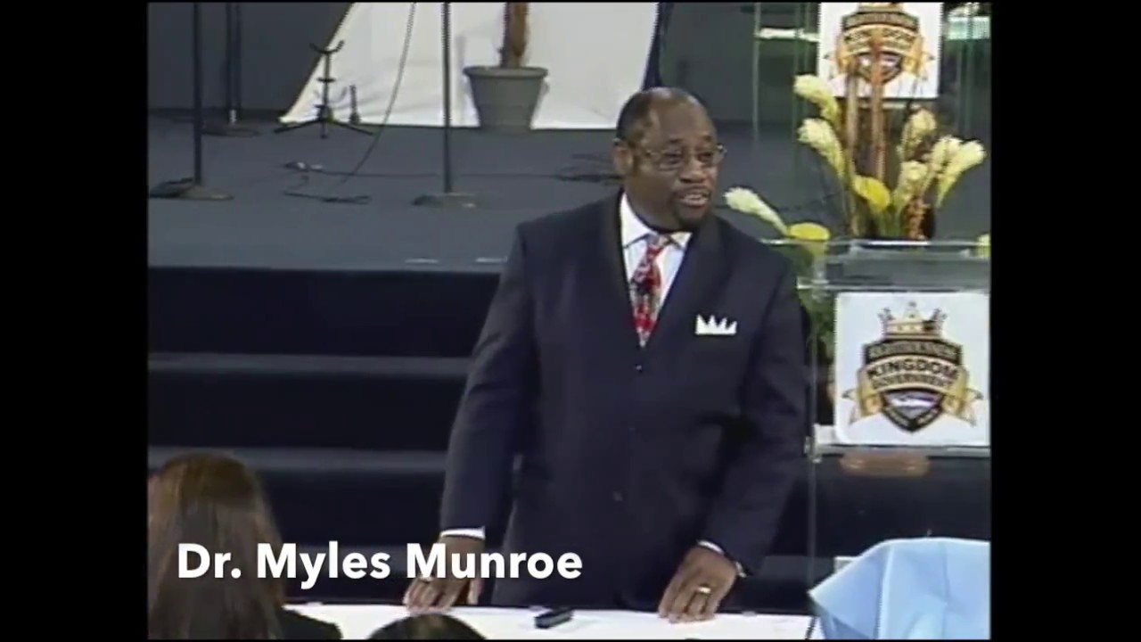 Influencing vs Controlling People | Dr. Myles Munroe