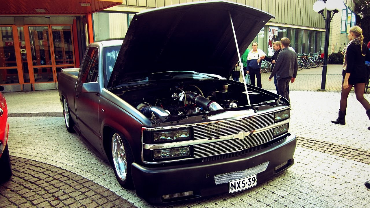 Twin Turbo Chevrolet Pickup Burnouts And Flames You