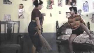 Repeat youtube video Mallu Anty Masala B grade Movie Scene - Mallu Servent Seducing Boy
