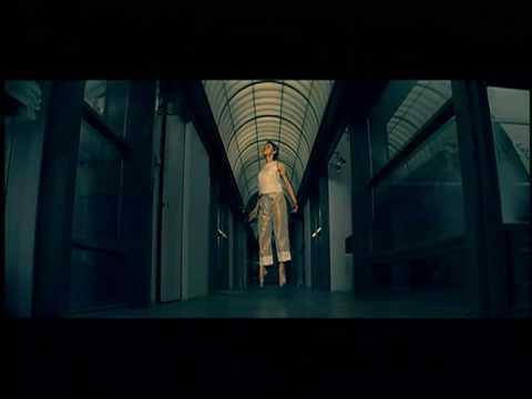 Melanie C ft. Lisa 'Left Eye' Lopes - Never Be The Same Again (official music video)
