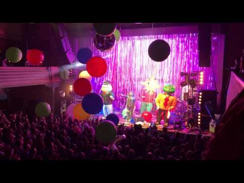 The Flaming Lips - Yoshimi Battles The Pink Robots, Pt. 1 - Live In Zürich, 31.1.2017