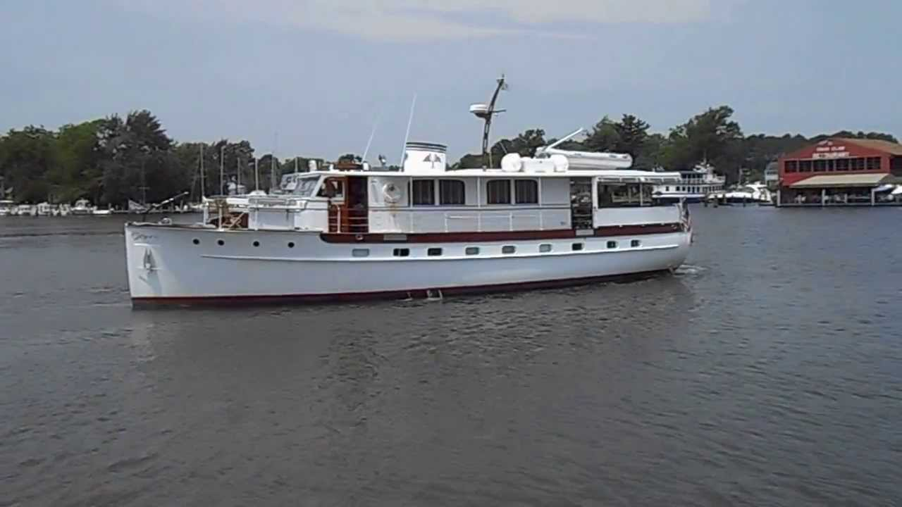 Washingtonian 62' Mathis Trumpy Classic 1939 Yacht in St Michaels Md   harbor