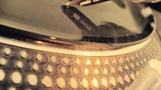 Earthy - Vinyl mix 1. Funky Breaks 2004 - HUGEhands