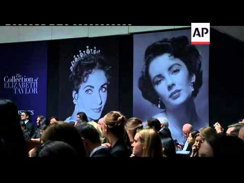 Elizabeth Taylor's jewelry, clothes and other possessions go on sale